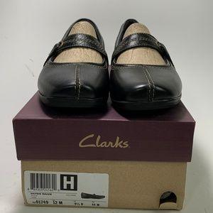 Clarks Women Shoes Soft Black Leather Flats 12M
